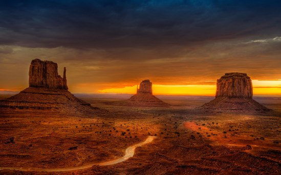 amazing-monument-valley-wallpaper-1